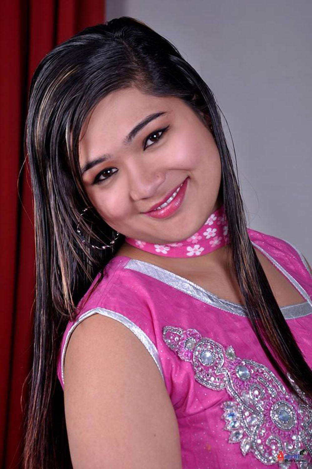 गायिका तृप्ति भन्छिन्– 'गीत/संगीत मेरो प्राण हो'