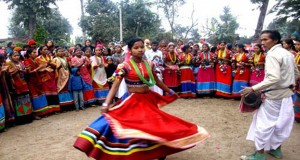 tharu-culture-dance-during-maghi
